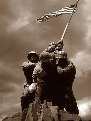Photograph - Iwo Jima War Memorial Washington by Art America Gallery Peter Potter