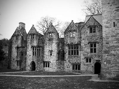 Ireland Photograph - Jacobean Wing At Donegal Castle Ireland by Teresa Mucha