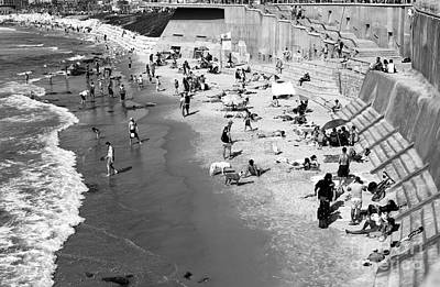 Photograph - Jaffa Beach Fun by John Rizzuto