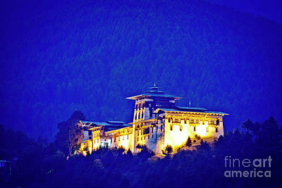 Photograph - Jakar Dzong by Scott Kemper