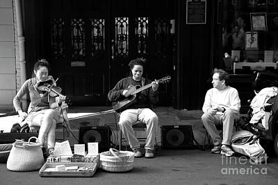 Photograph - Jamming In The Streets Infrared by John Rizzuto