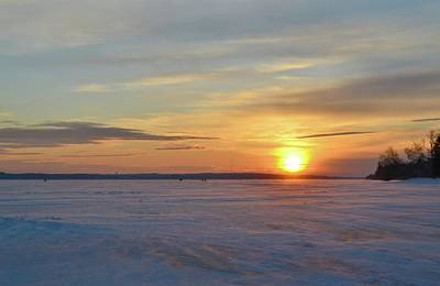 Photograph - January 17-2018 Sunset At Shanty Bay  by Lyle Crump