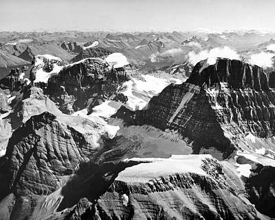 Cold Temperature Photograph - Jasper National Park by Underwood Archives