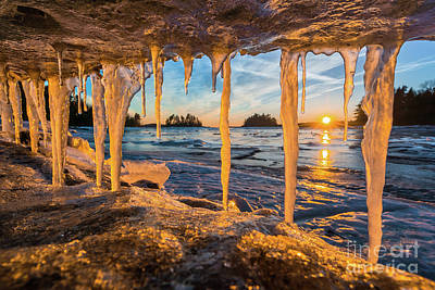 Photograph - Jaws Of Winter by Benjamin Williamson