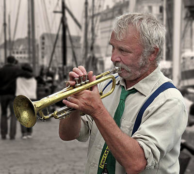 Photograph - Jazz Musician by Inge Riis McDonald