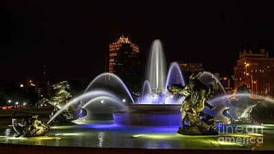 Photograph - J.c. Nichols Fountain At Night 3 by Dennis Hedberg