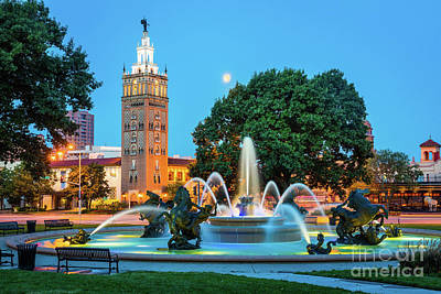 J.c. Nichols Memorial Fountain Art Print