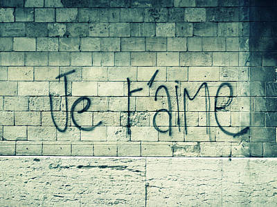 Graffiti Photograph - Je T'aime by Will Grant