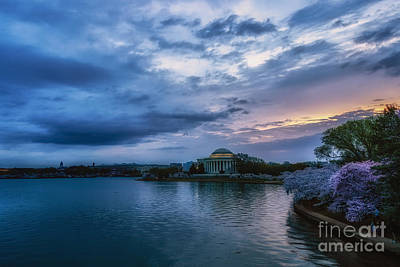 Jefferson Memorial Wall Art - Photograph - Jefferson Memorial Dawn by Thomas R Fletcher