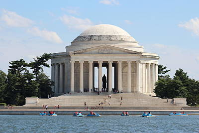 Jefferson Memorial Digital Art - Jefferson Memorial  by Jeanette Rode Dybdahl