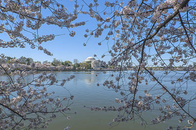 Photograph - Jefferson Memorial On The Tidal Basin Ds0070 by Gerry Gantt