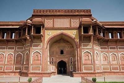 Priska Wettstein Pink Hues - Jehangiri Mahal in Agra Fort by Aivar Mikko