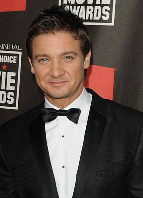 Jeremy Renner At Arrivals For 16th Art Print by Everett