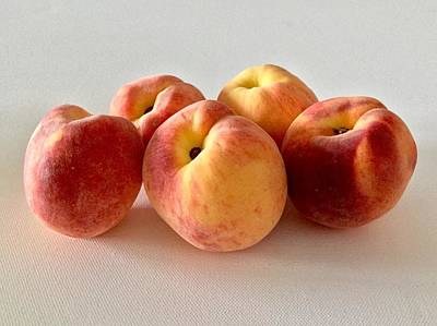Photograph - Jersey Peaches by Patricia E Sundik