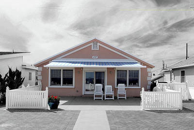 Photograph - Jersey Shores Beach House by David Pantuso