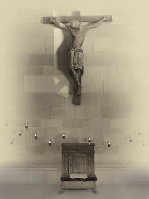 Amen Photograph - Jesus On The Cross Chapel Icon by Daniel Hagerman