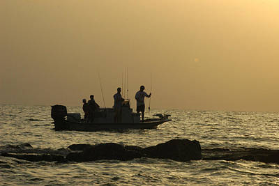 Jetty Fishing In Galveston Bay Print by Robert Anschutz