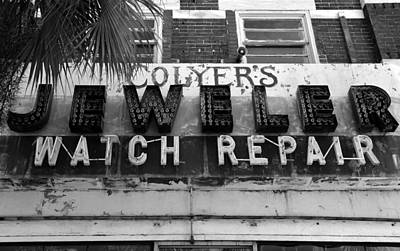Photograph - Jeweler Sign by David Lee Thompson