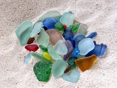 Photograph - Jewels In The Sand by Janice Drew