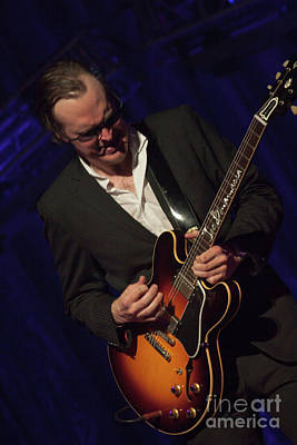 Joe Bonamassa Photograph - Joe Bonamassa - Guitar Solo In Minneapolis 1 by Jim Schmidt MN
