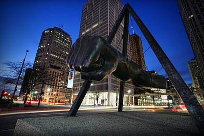 Detroit Tigers Art Photograph - Joe Louis Fist Statue Jefferson And Woodward Ave. Detroit Michigan by Gordon Dean II