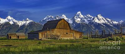 Photograph - John Moulton Barn 2 by Bitter Buffalo Photography