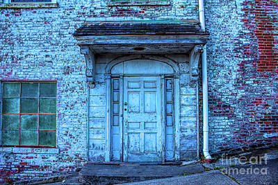 Photograph - John Turl - Doorway To  by Joe Santacroce