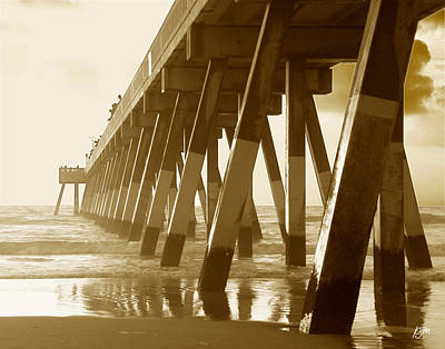 Art Print featuring the photograph Johnny Mercer Pier At Sunrise by Phil Mancuso