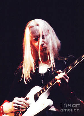 Photograph - Johnny Winter 1974 by Chris Walter