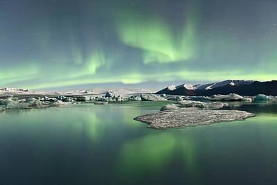 Jokulsarlon Lagoon Aurora Borealis Art Print by Reed Ingram Weir
