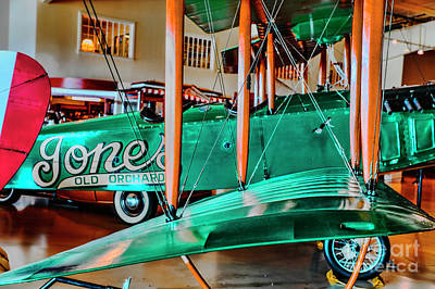 Photograph - Jones Twin Wing by Rick Bragan