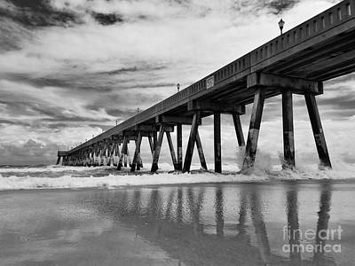 Photograph - Johnnie Mercers Fishing Pier by Kelly Nowak