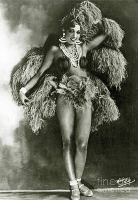 Earrings Photograph - Josephine Baker In 1927 by Stanislaus Walery