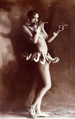 Josephine Baker Lucien Walery   Banana Skirt From The Folies Bergere Production Un Vent De Folie Art Print