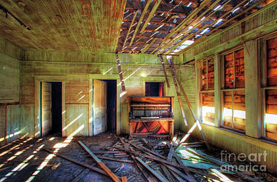 Photograph - Judith Gap Piano by Craig J Satterlee
