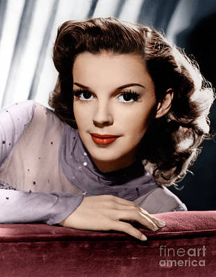 Photograph - Judy Garland by Granger