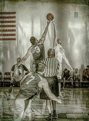 Photograph - Jump Ball by Ronald Santini