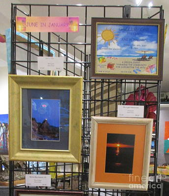 Photograph - June In January Kiosk by Marie Neder