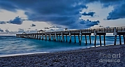 Photograph - Juno Beach Fishing Pier At Sunrise by Darleen Stry