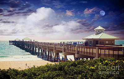 Juno Beach Pier Treasure Coast Florida Seascape Dawn C5a Art Print by Ricardos Creations