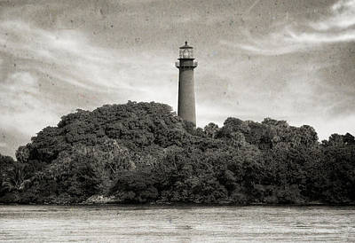 Jupiter Inlet Photograph - Jupiter Inlet Lighthouse - 3 by Frank J Benz
