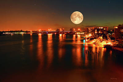 Seascape Photograph - Jupiter Inlet Moon by Ken Figurski