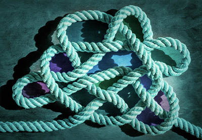 Photograph - Jury Mast Knot 1 by Steven Greenbaum