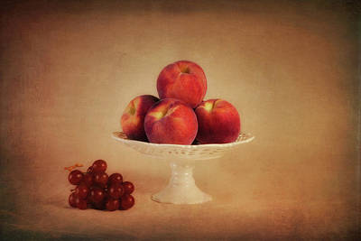 Harvest Art Photograph - Just Peachy by Tom Mc Nemar