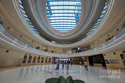 Moa Photograph - Jw Marriott Minneapolis Mall Of America IIi by Wayne Moran