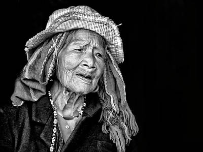 Vietnam Photograph - Ka Kiep... by John Moulds