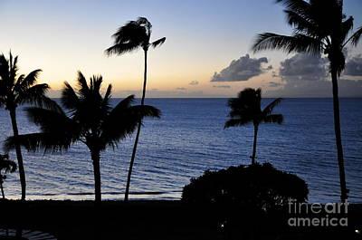 Ka'anapali Beach Maui Print by Rosy Kueng