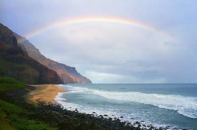 Kalalau Beach Rainbow Art Print by Kevin Smith