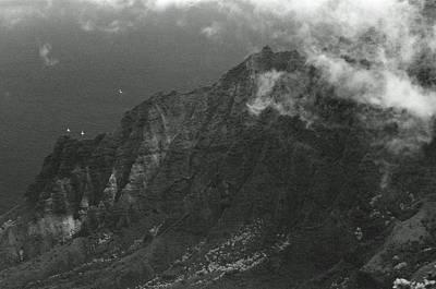 Photograph - Kalalau Valley - Pu'u O Kila Lookout 01 - Sfx 200 Bw - Kauai, Hawaii by Pamela Critchlow