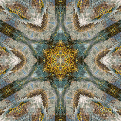 Mind Bending Painting - Kaleidoscope 093 by Paul Gillard